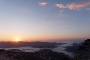 白髪岳から望む2016年初日の出