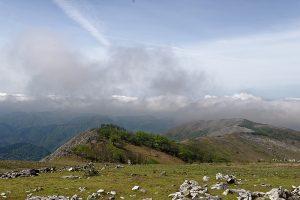 霊仙山ピークから見た南西尾根