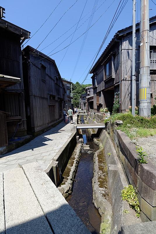 路地と水路
